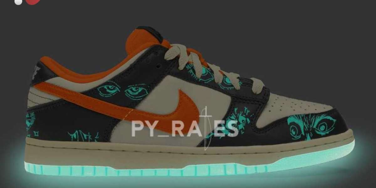 """Nike Dunk Low """"Halloween"""" 2021 vamp with Glow-In-The-Dark sole"""